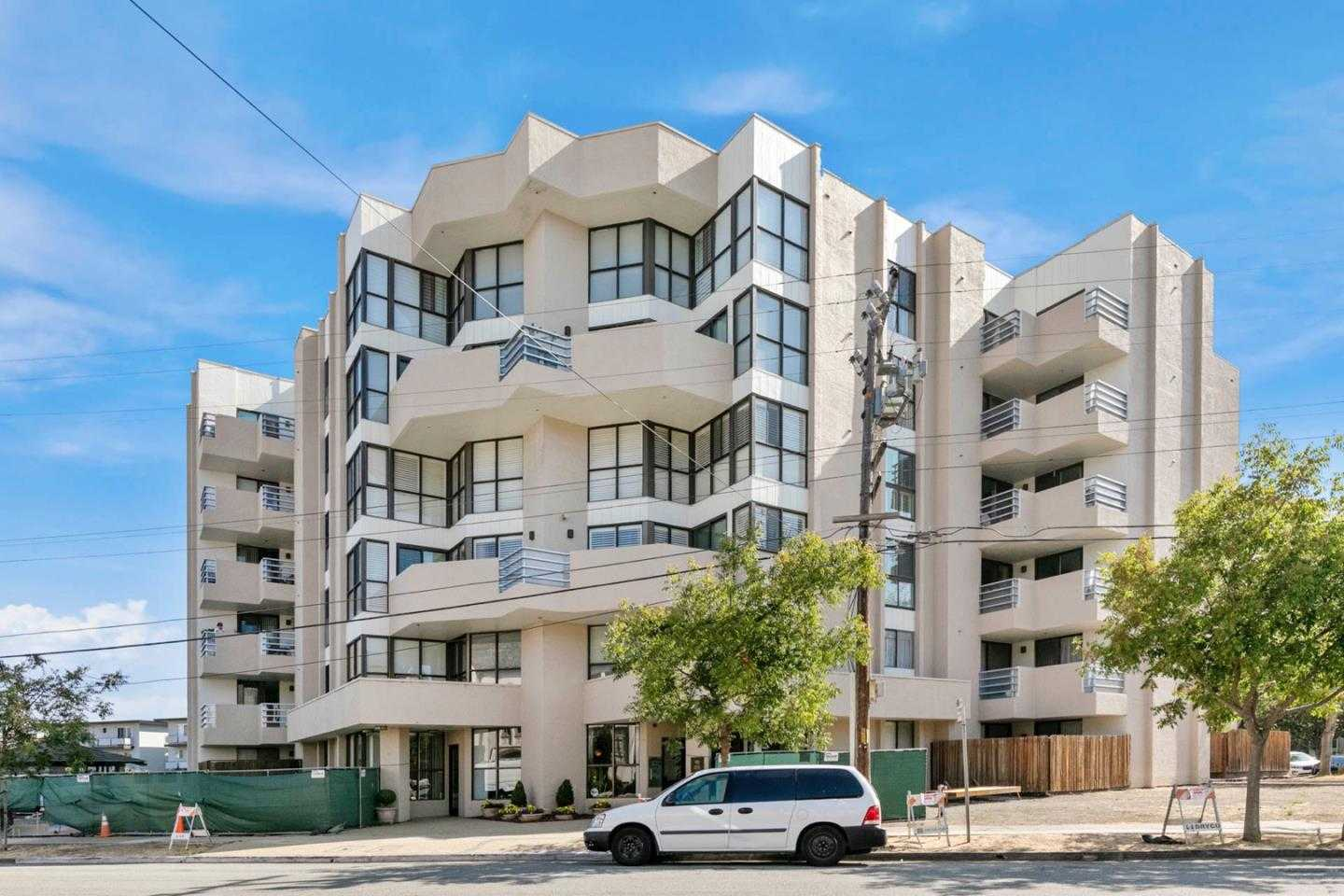 $1,450,000 - 2Br/2Ba -  for Sale in Burlingame