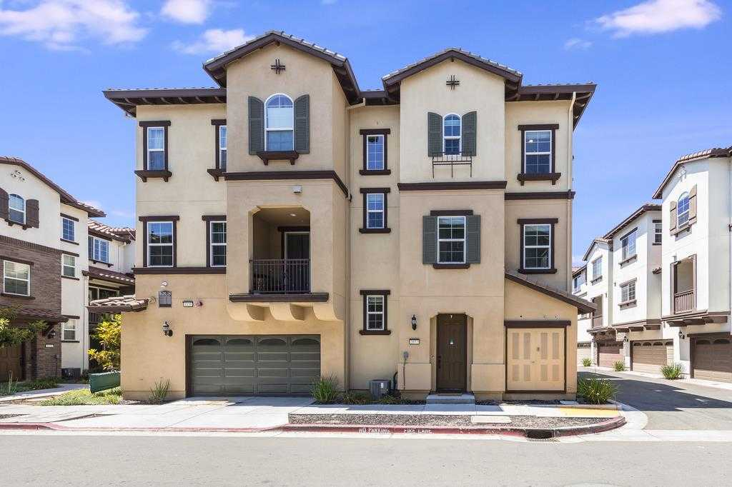 $798,000 - 2Br/3Ba -  for Sale in San Jose