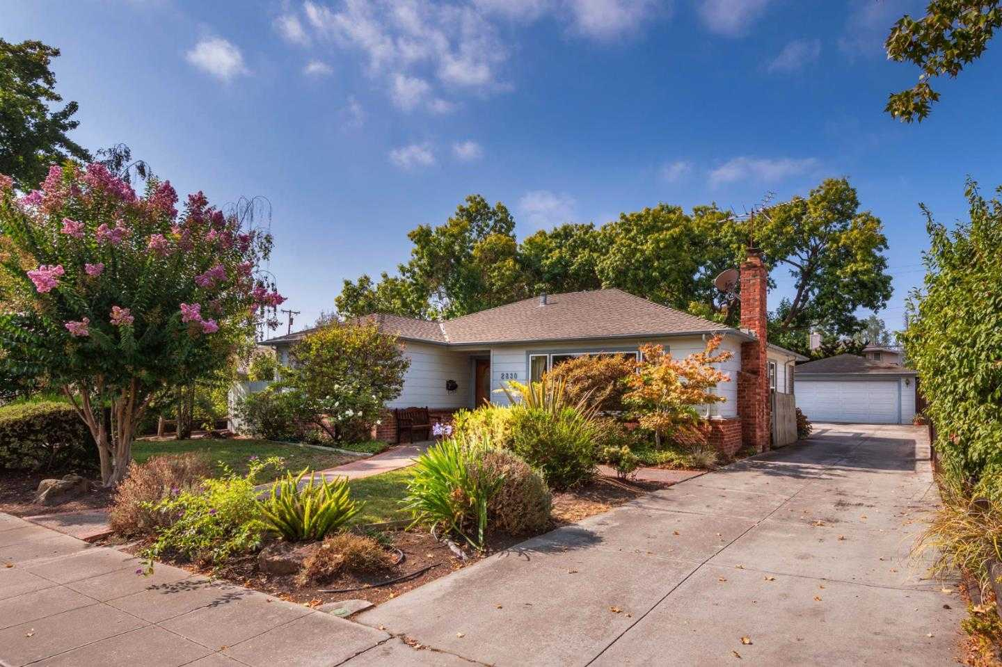 $2,995,000 - 2Br/2Ba -  for Sale in Palo Alto
