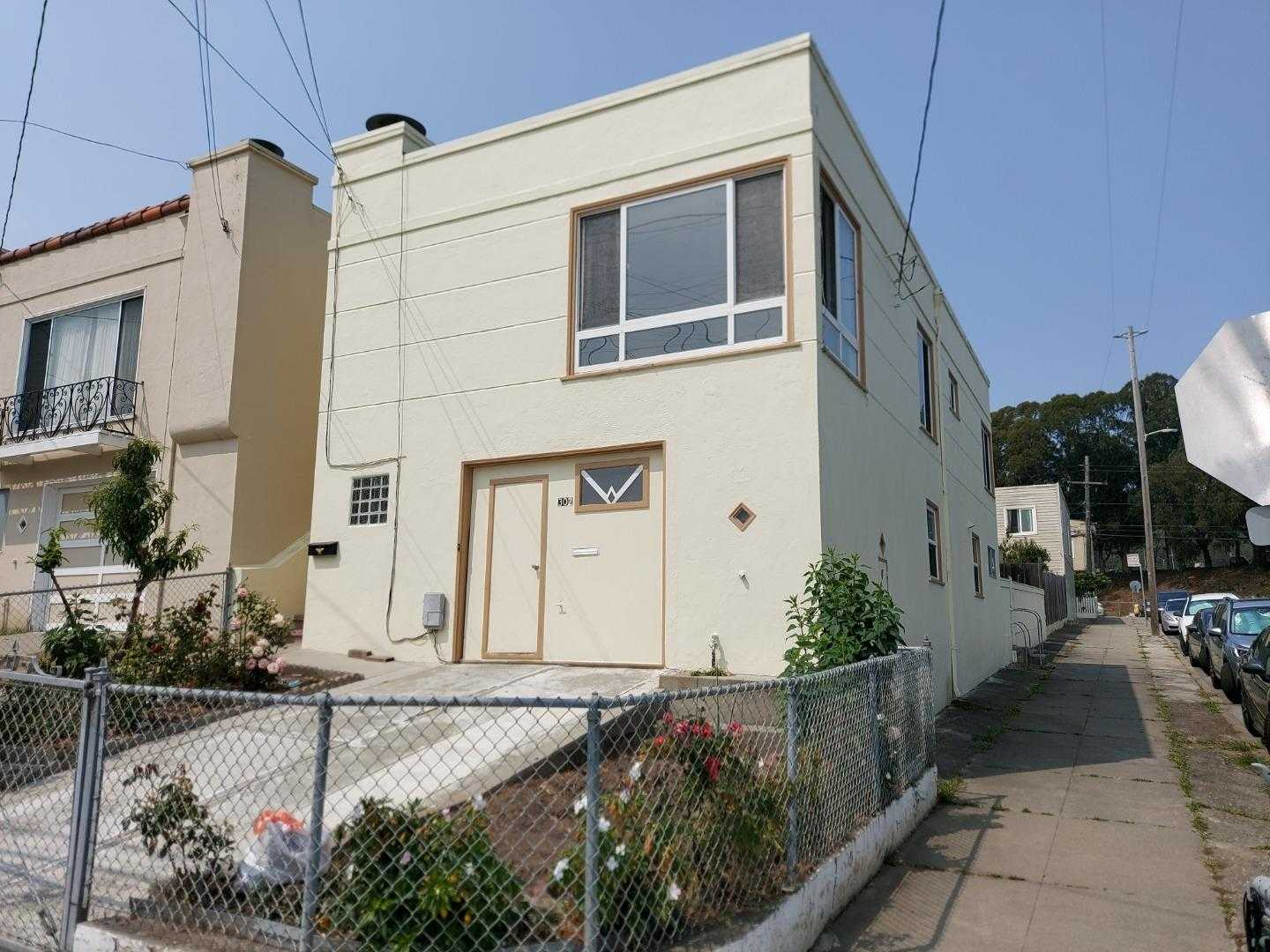 $988,888 - 4Br/2Ba -  for Sale in Daly City
