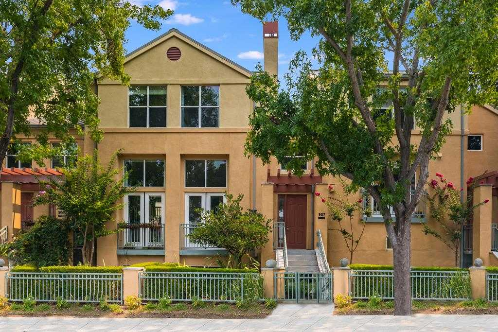 $1,850,000 - 3Br/4Ba -  for Sale in Mountain View