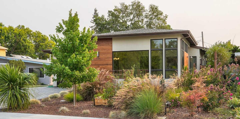 $4,298,000 - 5Br/5Ba -  for Sale in Palo Alto