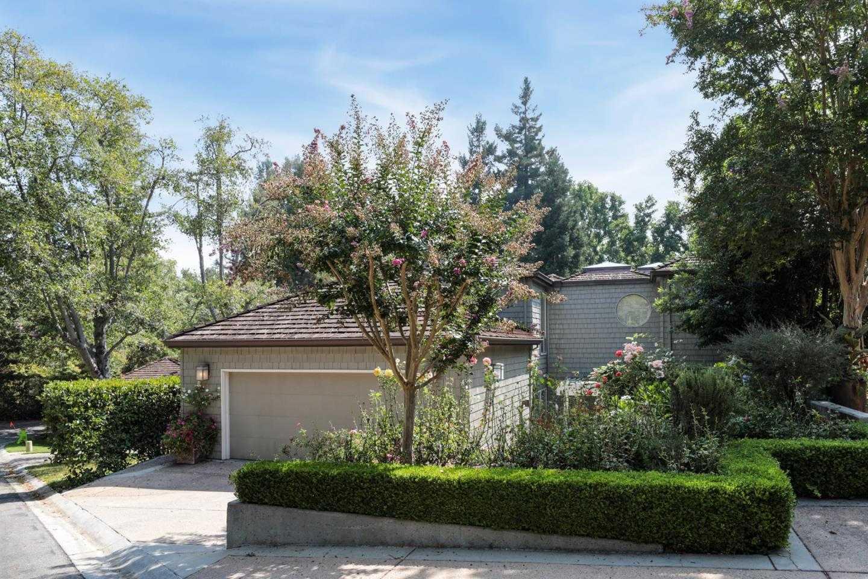 621 Manresa Ln Los Altos, CA 94022