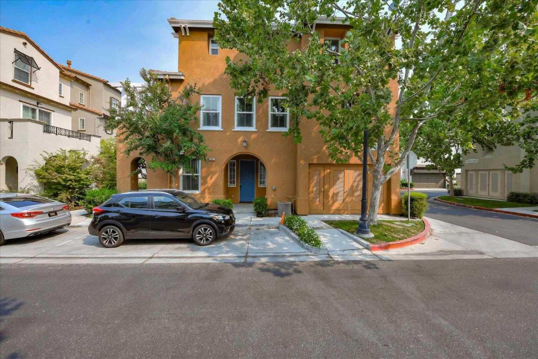 $1,299,000 - 3Br/4Ba -  for Sale in Santa Clara