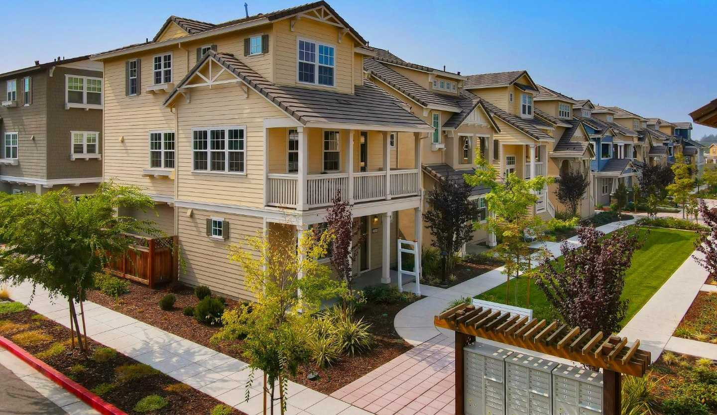 $1,988,000 - 4Br/4Ba -  for Sale in Mountain View