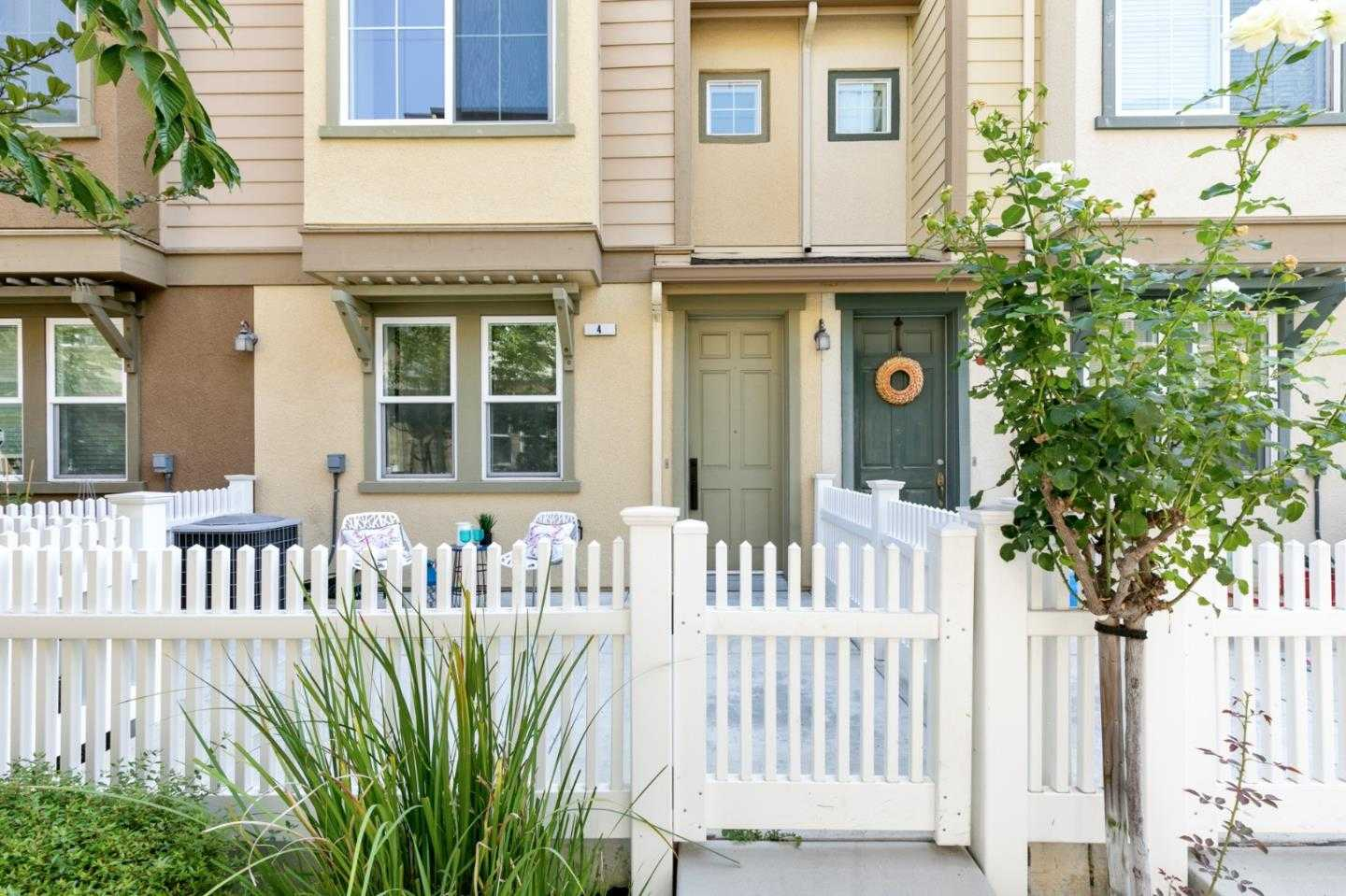$1,168,000 - 3Br/3Ba -  for Sale in Sunnyvale