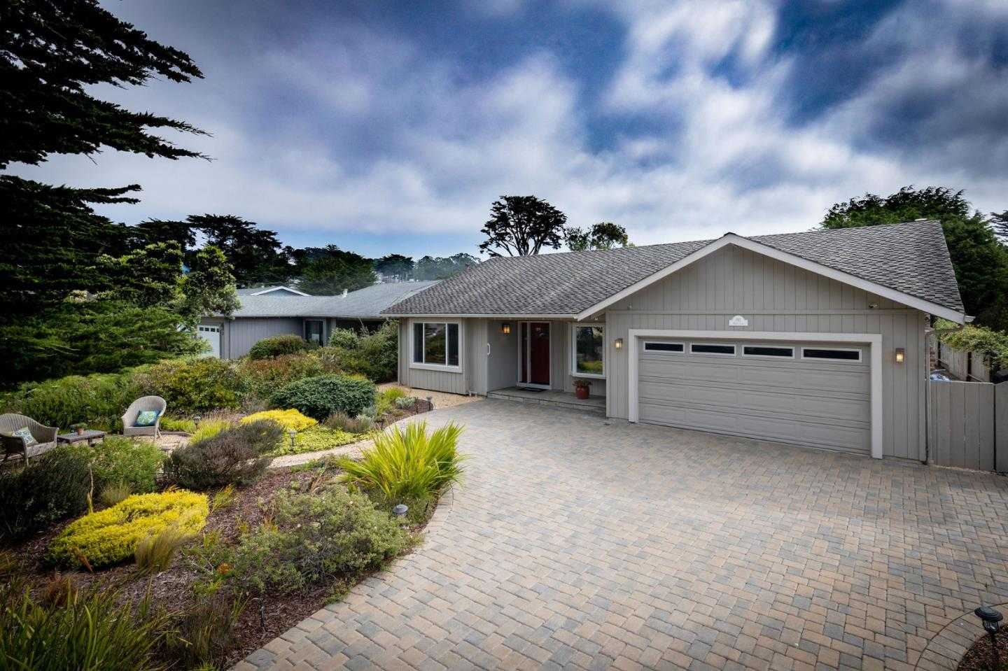 $1,478,000 - 3Br/2Ba -  for Sale in Moss Beach