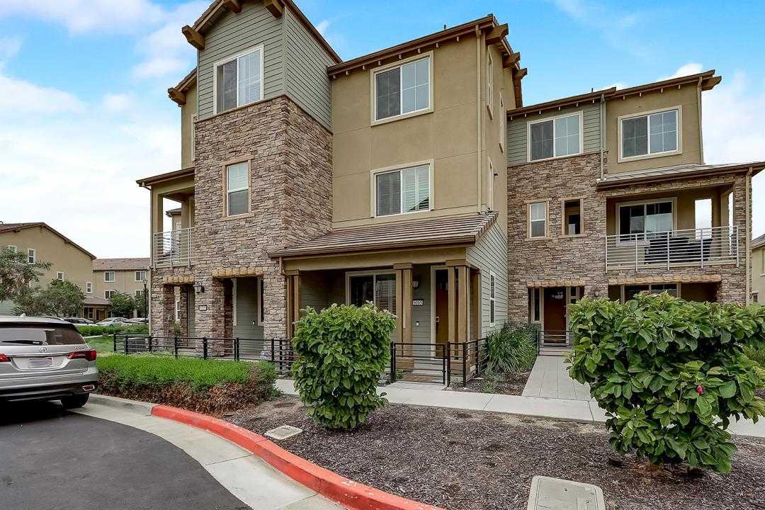 6105 Golden Vista Dr San Jose, CA 95123