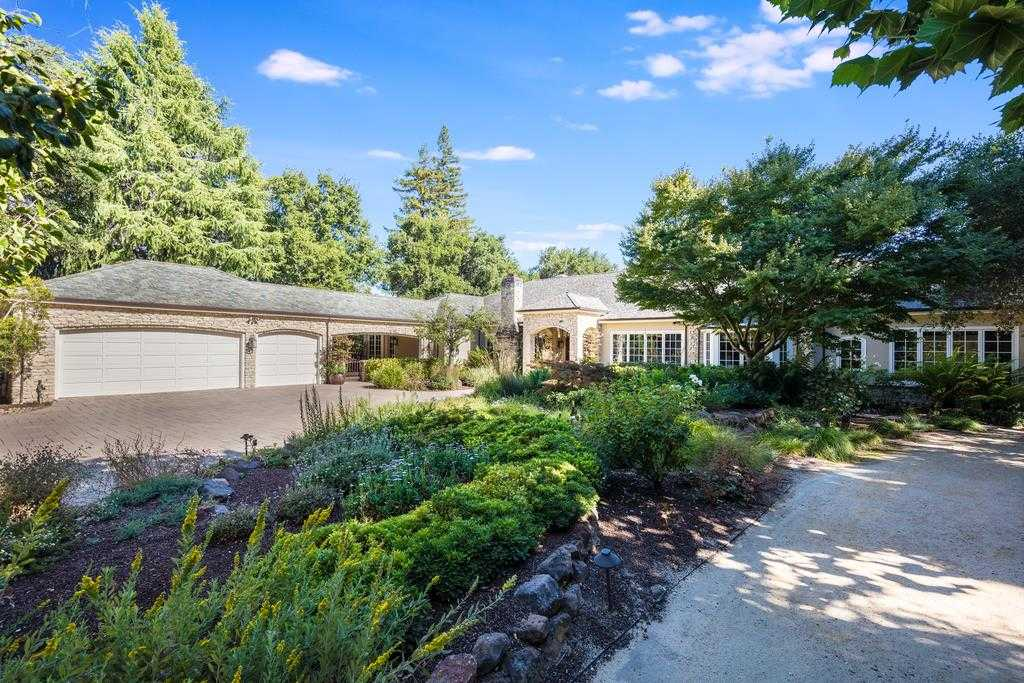 $8,495,000 - 4Br/5Ba -  for Sale in Saratoga