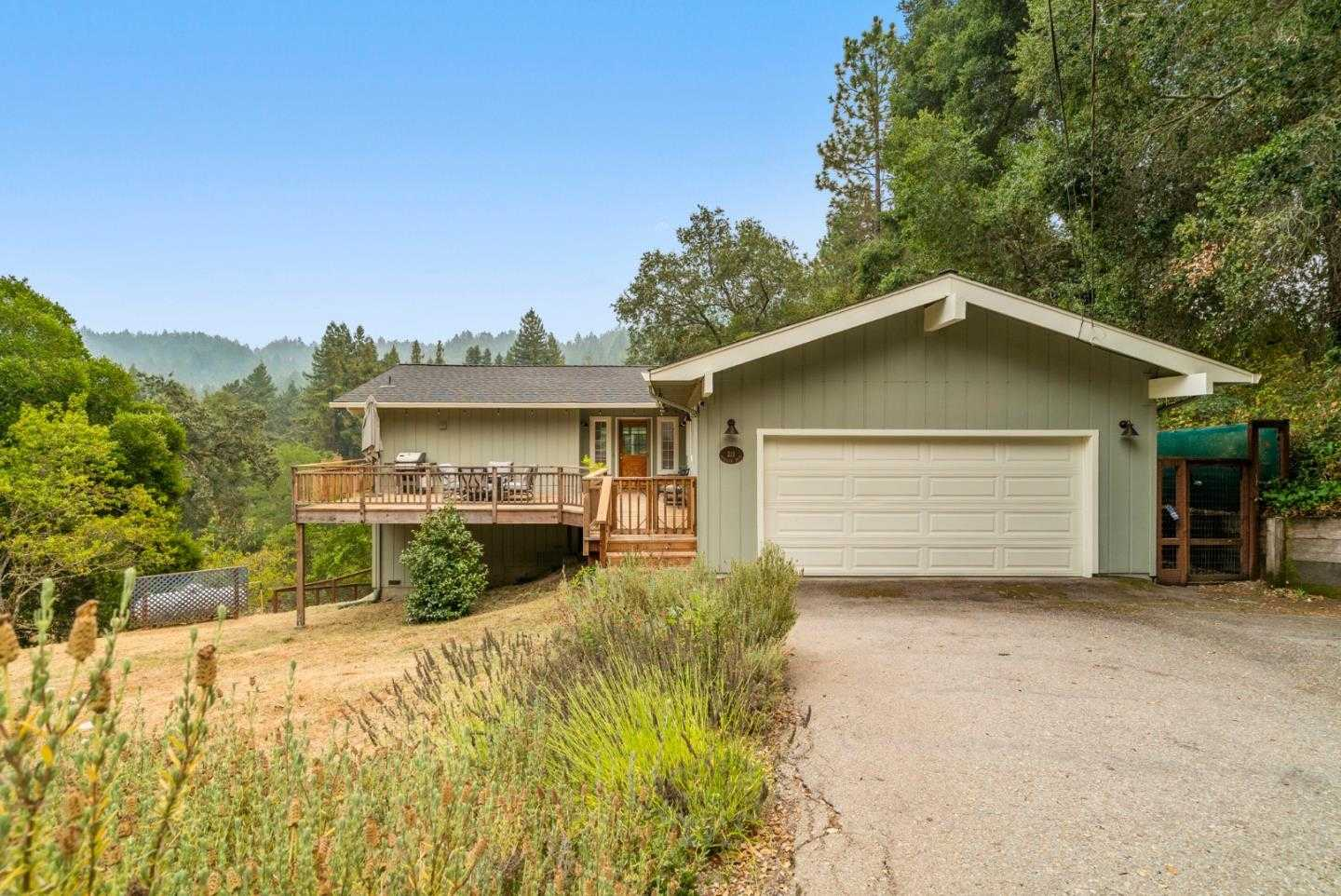 211 Overlook DR BOULDER CREEK, CA 95006