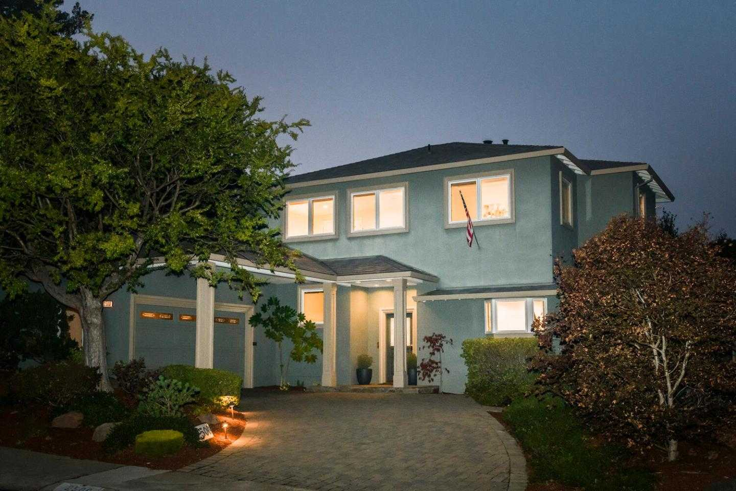 $3,100,000 - 4Br/3Ba -  for Sale in Burlingame