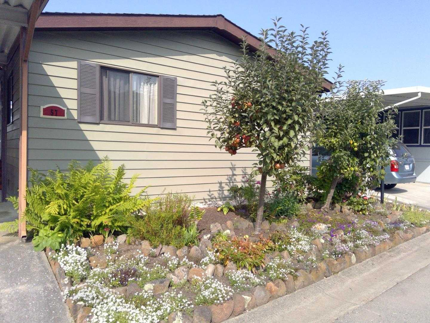 $425,000 - 2Br/2Ba -  for Sale in Half Moon Bay