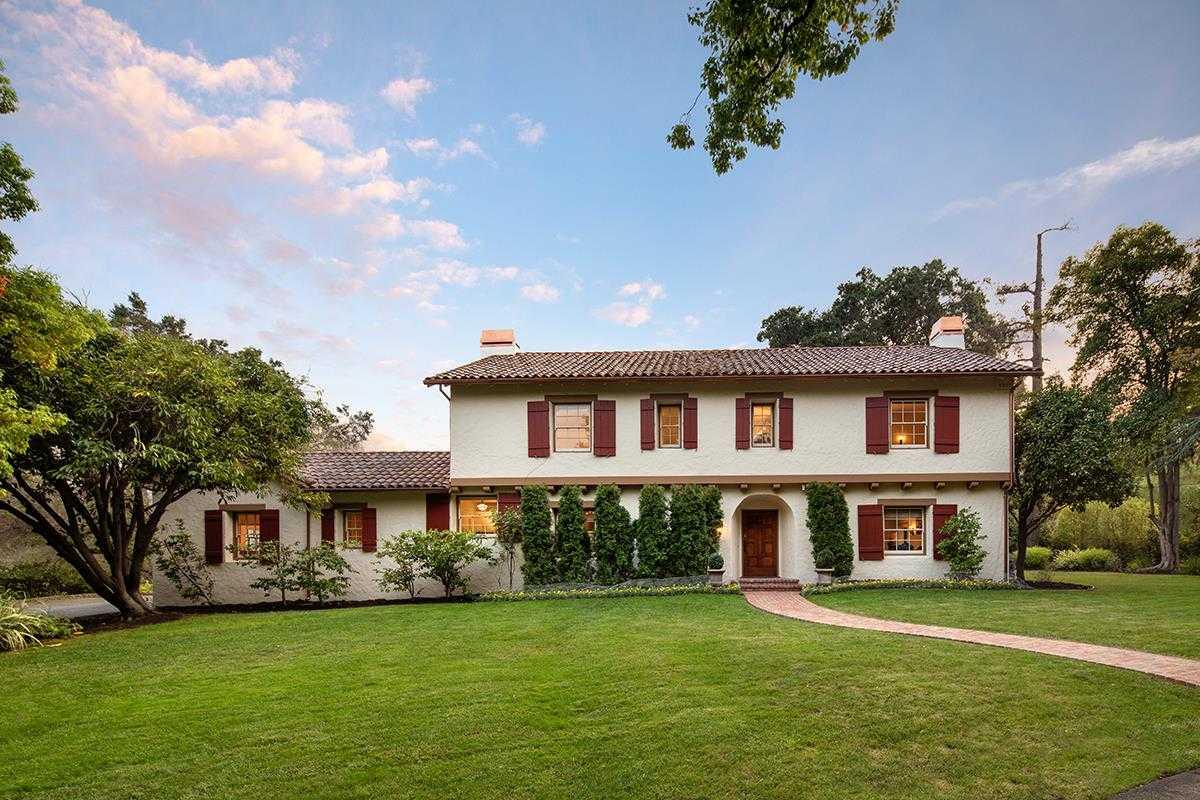 $4,288,000 - 4Br/4Ba -  for Sale in Saratoga