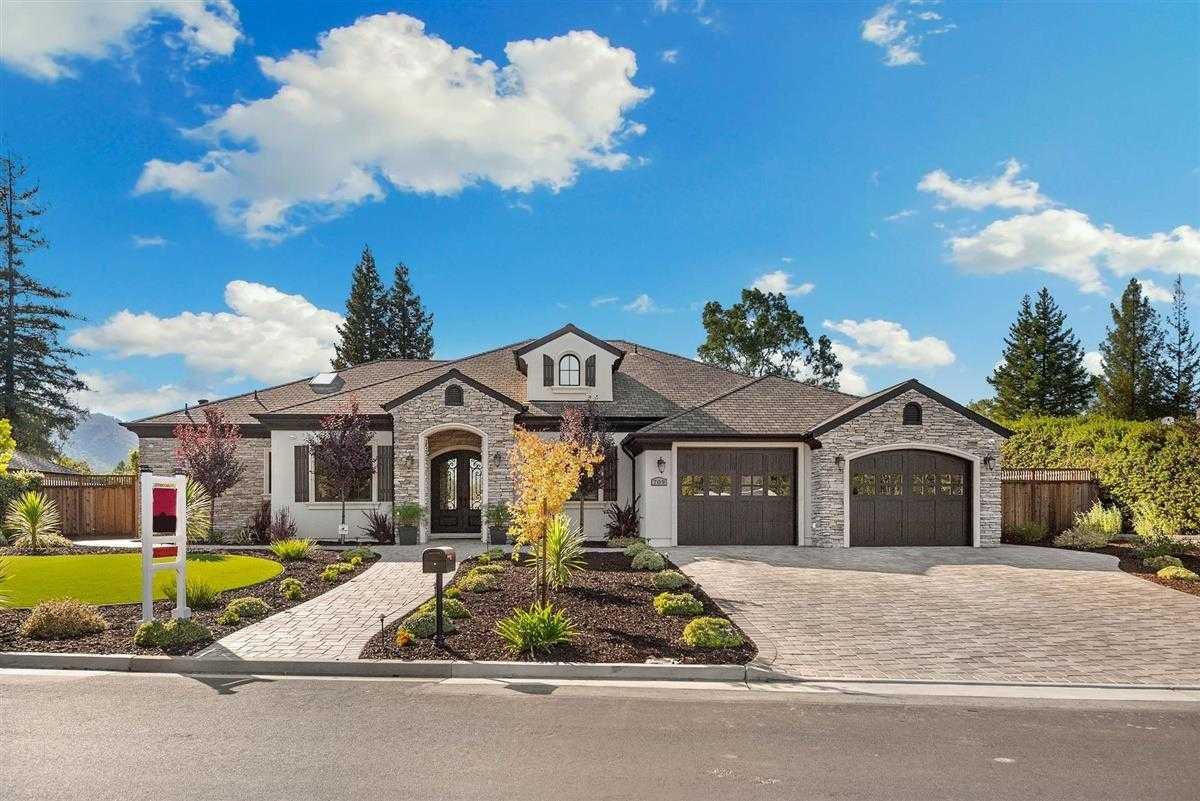 $4,395,000 - 4Br/5Ba -  for Sale in Los Gatos