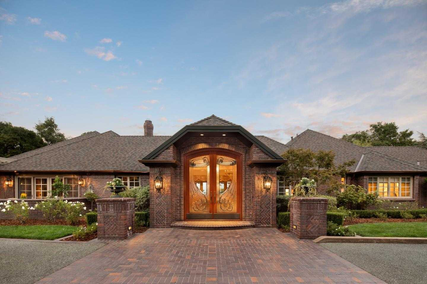 $7,995,000 - 4Br/7Ba -  for Sale in Saratoga