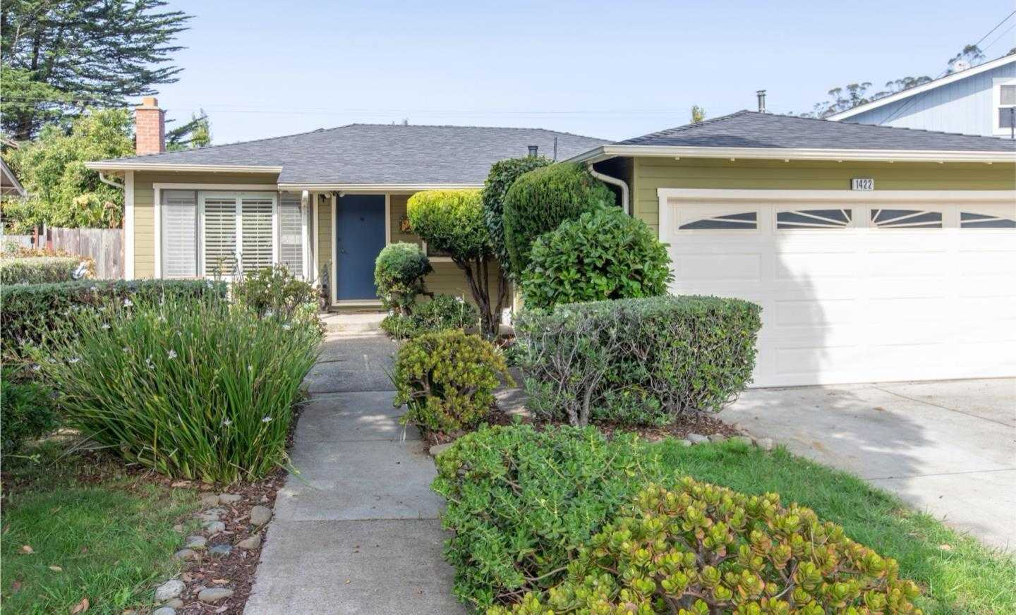 $999,000 - 3Br/2Ba -  for Sale in Pacifica