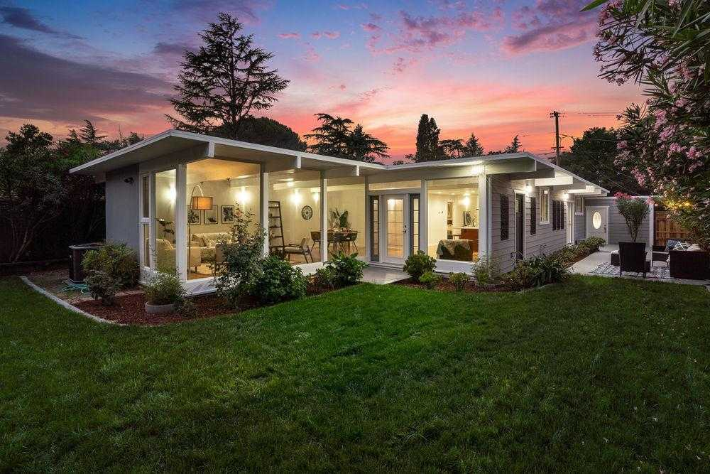 $1,488,888 - 3Br/2Ba -  for Sale in Campbell