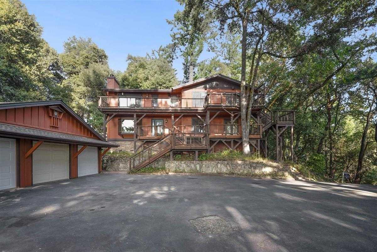 $1,349,000 - 5Br/3Ba -  for Sale in Los Gatos