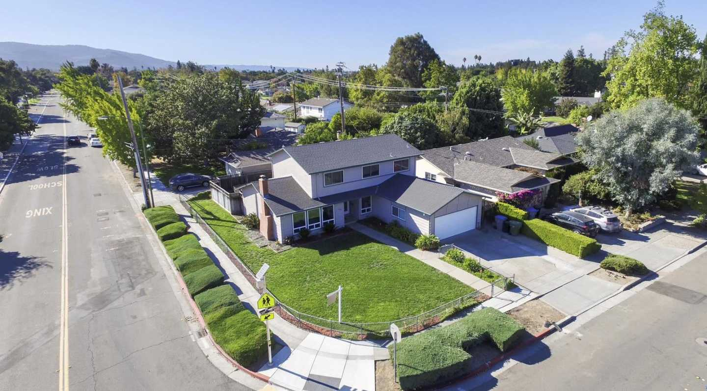 $1,999,888 - 5Br/3Ba -  for Sale in San Jose