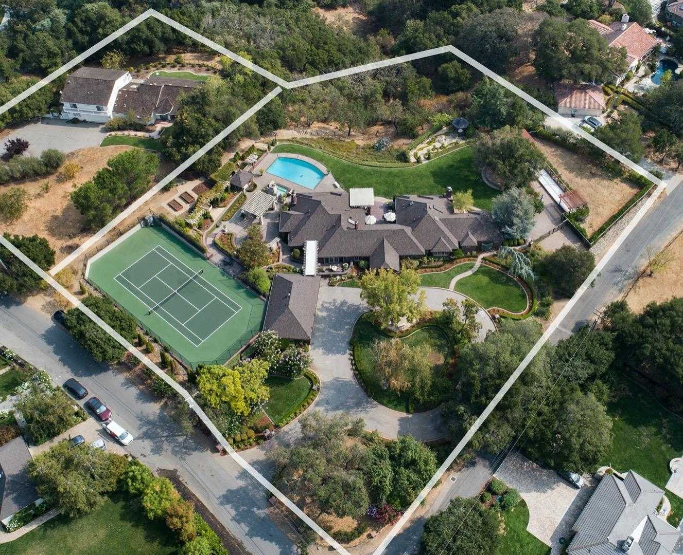 $13,750,000 - 5Br/4Ba -  for Sale in Saratoga