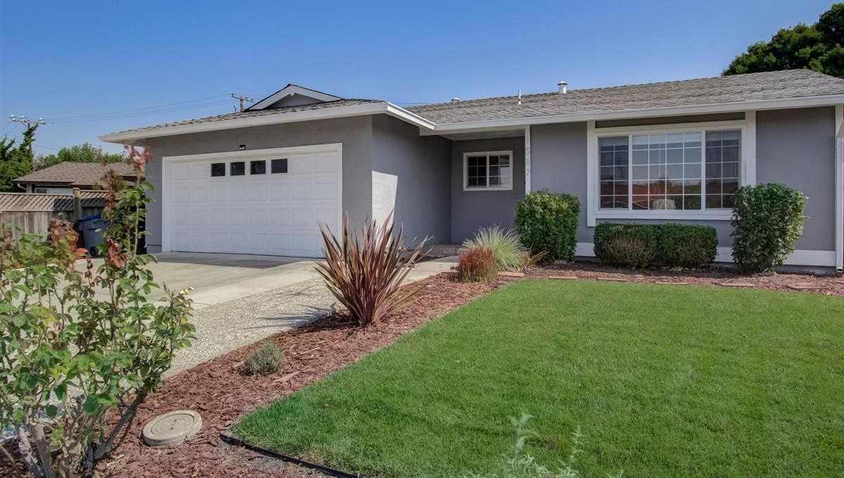$1,698,000 - 6Br/3Ba -  for Sale in Mountain View