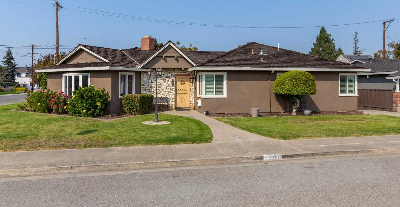 1791 Cherry Grove Dr San Jose, CA 95125