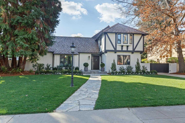$7,275,000 - 4Br/5Ba -  for Sale in Palo Alto