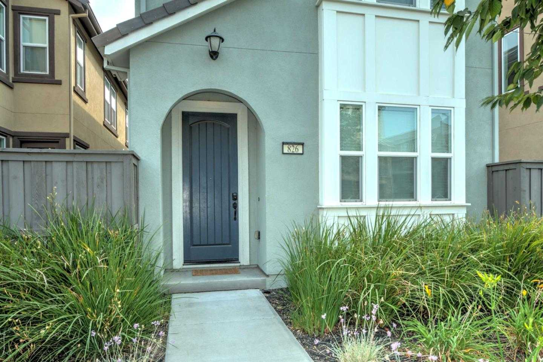 826 Blue Opal Dr San Jose, CA 95123
