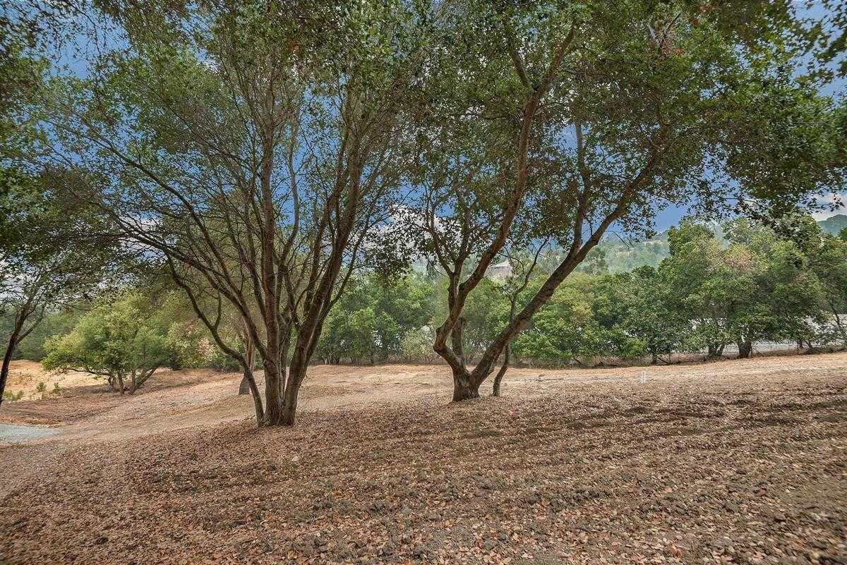 $3,685,000 - 4Br/3Ba -  for Sale in Los Altos Hills