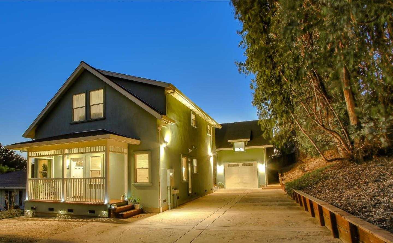 $1,100,000 - 4Br/4Ba -  for Sale in Santa Cruz