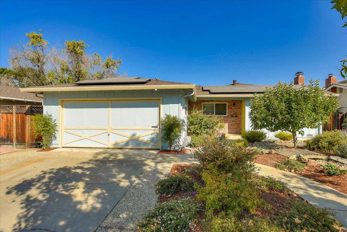 $999,000 - 3Br/2Ba -  for Sale in San Jose