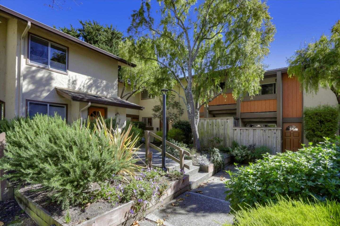 $699,000 - 2Br/2Ba -  for Sale in Pacifica