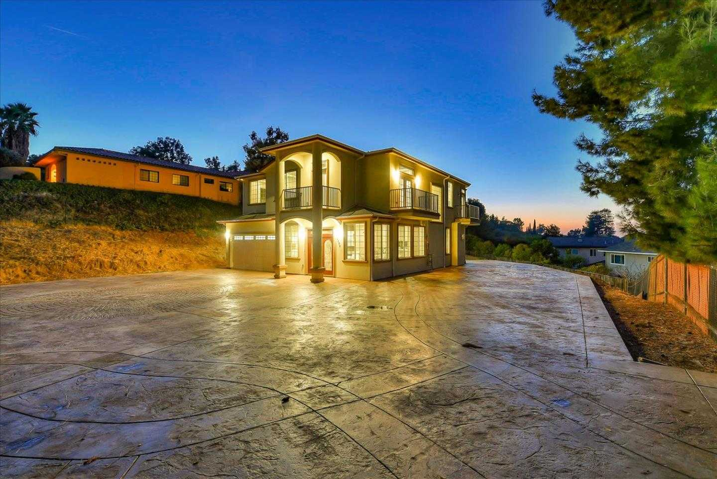 $2,399,000 - 6Br/4Ba -  for Sale in San Jose
