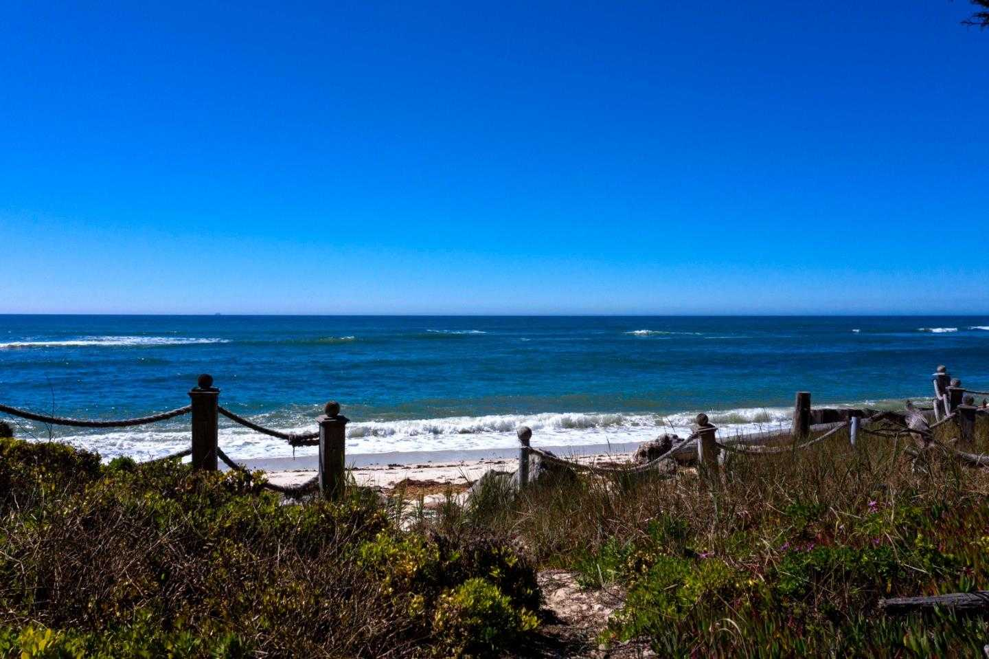 $2,675,000 - 3Br/3Ba -  for Sale in Moss Beach