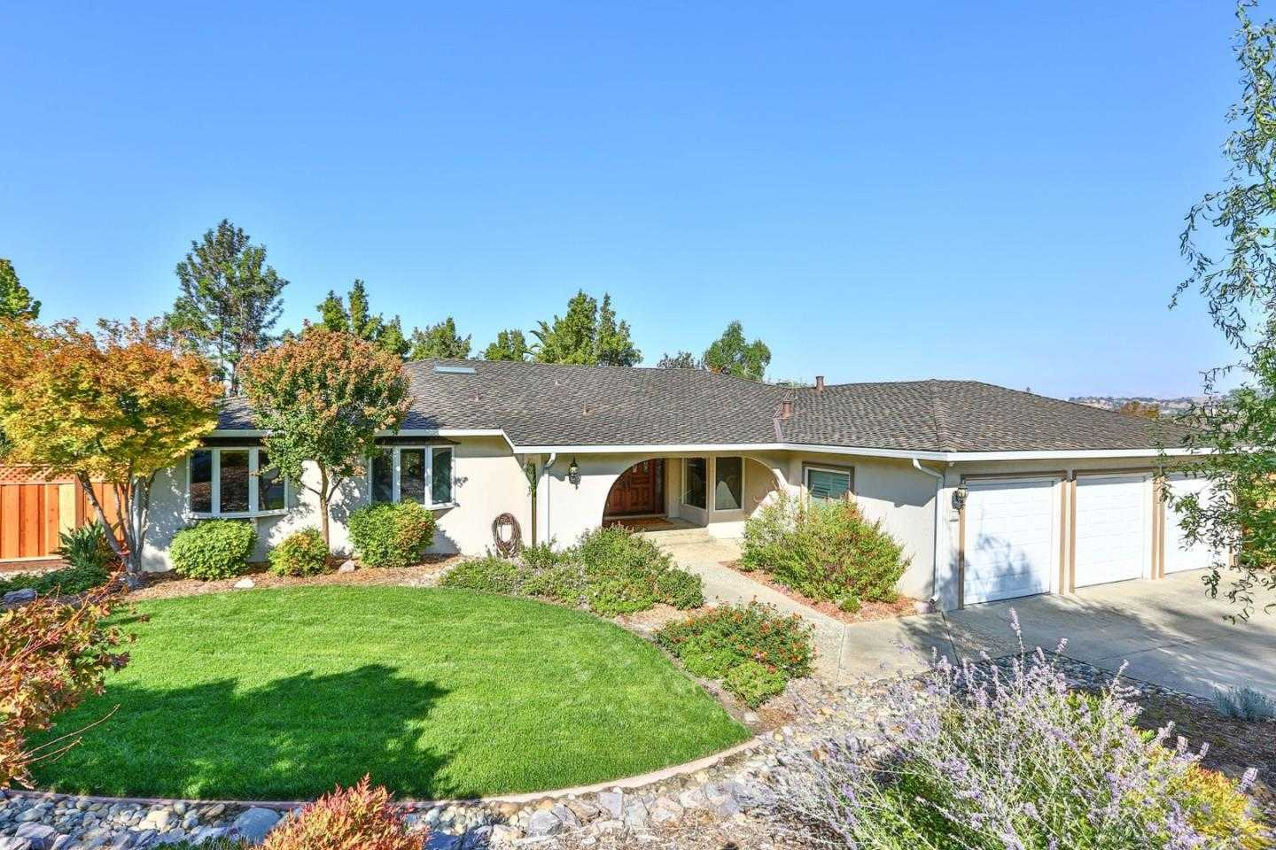 $1,799,000 - 4Br/3Ba -  for Sale in San Jose