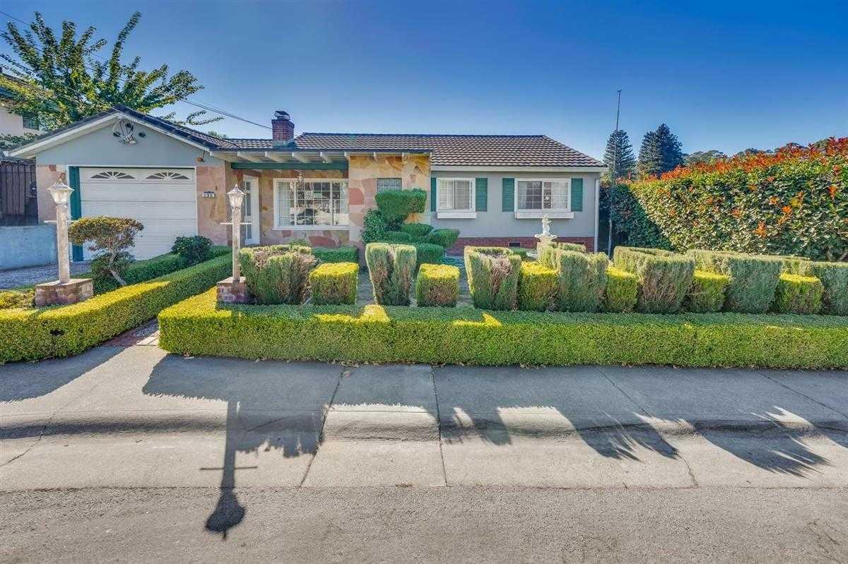 $1,299,900 - 4Br/3Ba -  for Sale in San Bruno