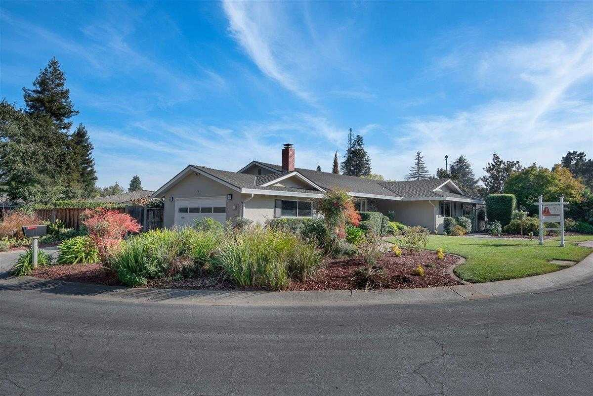 41 Cody Ln Los Altos, CA 94022