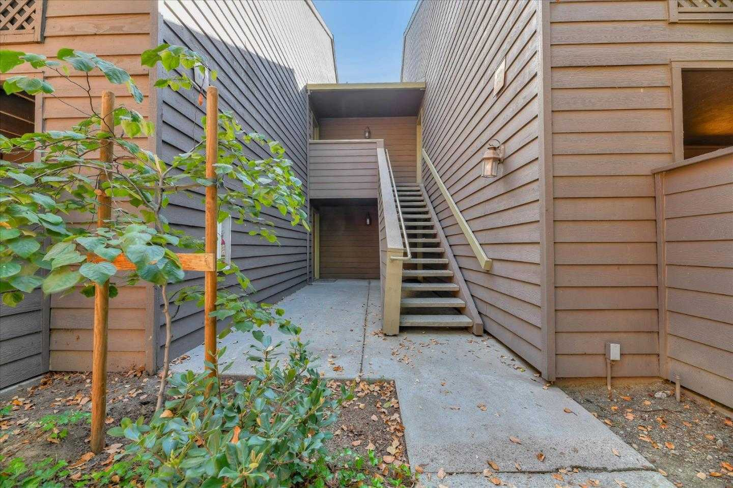 $565,000 - 2Br/2Ba -  for Sale in San Jose