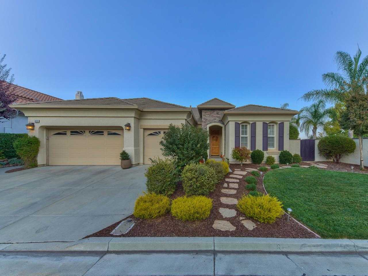 $1,319,000 - 4Br/3Ba -  for Sale in Gilroy
