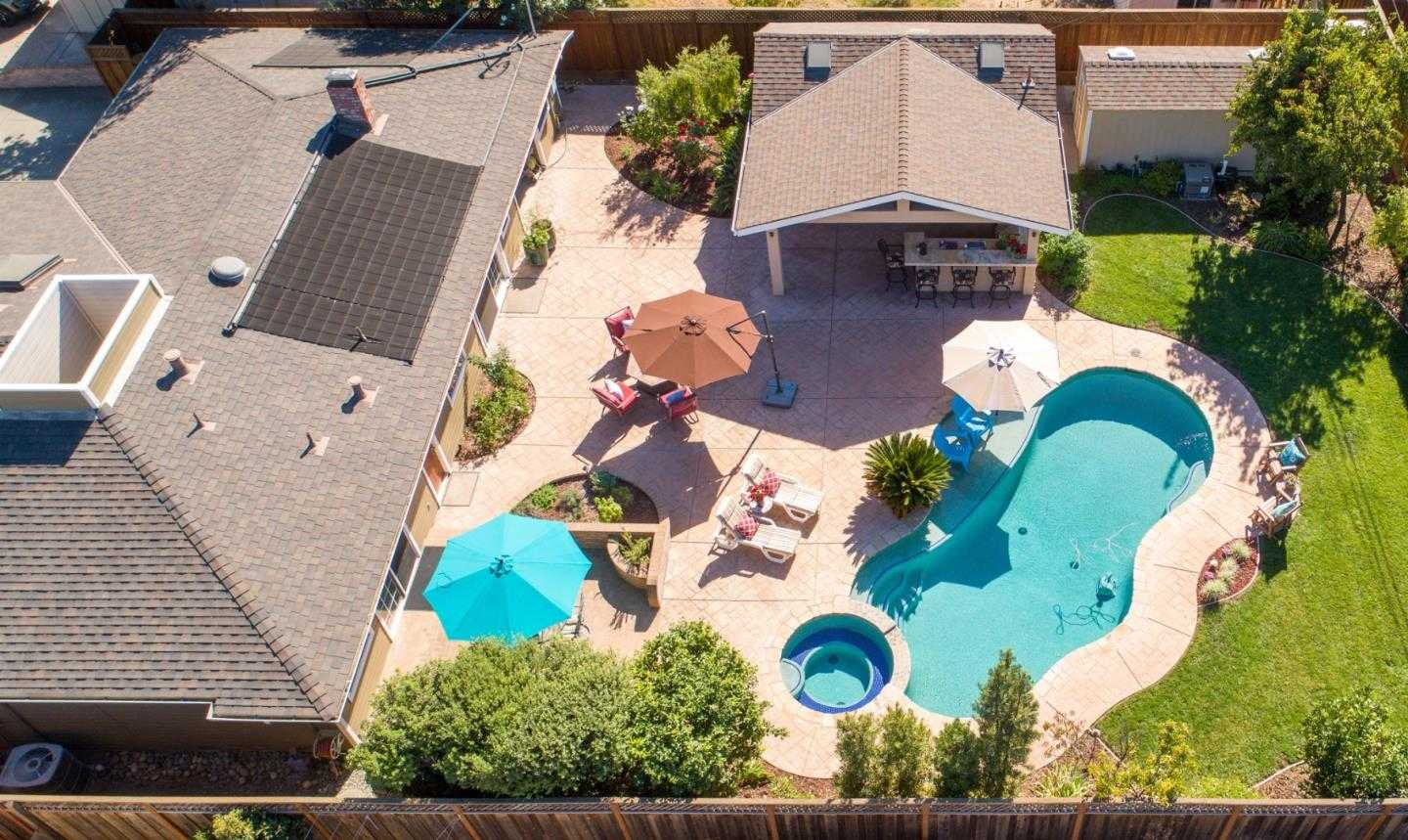$1,798,000 - 3Br/3Ba -  for Sale in Campbell