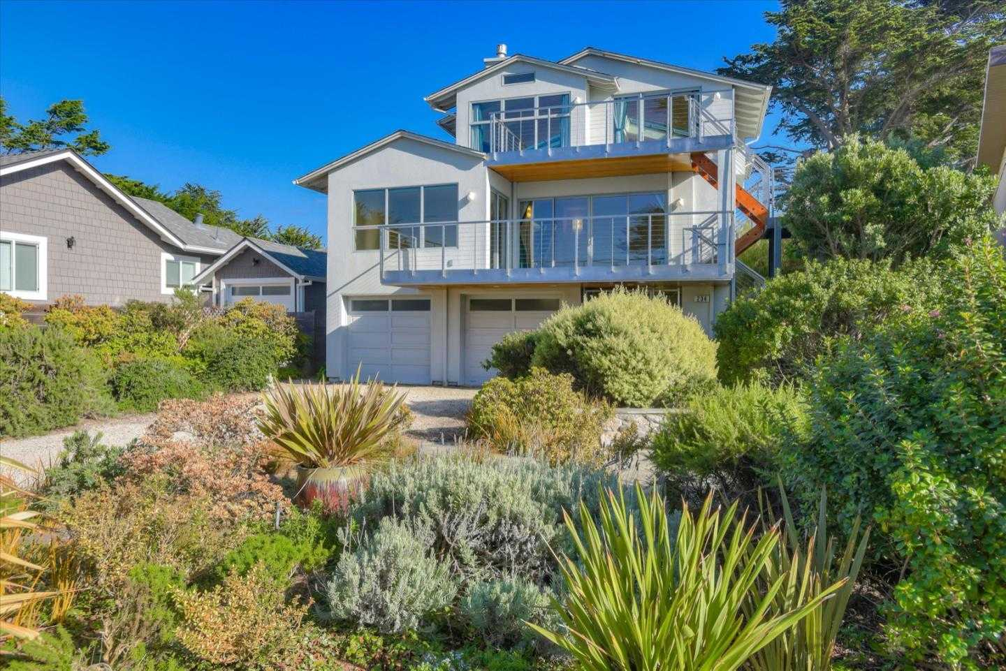$1,970,000 - 3Br/3Ba -  for Sale in Moss Beach