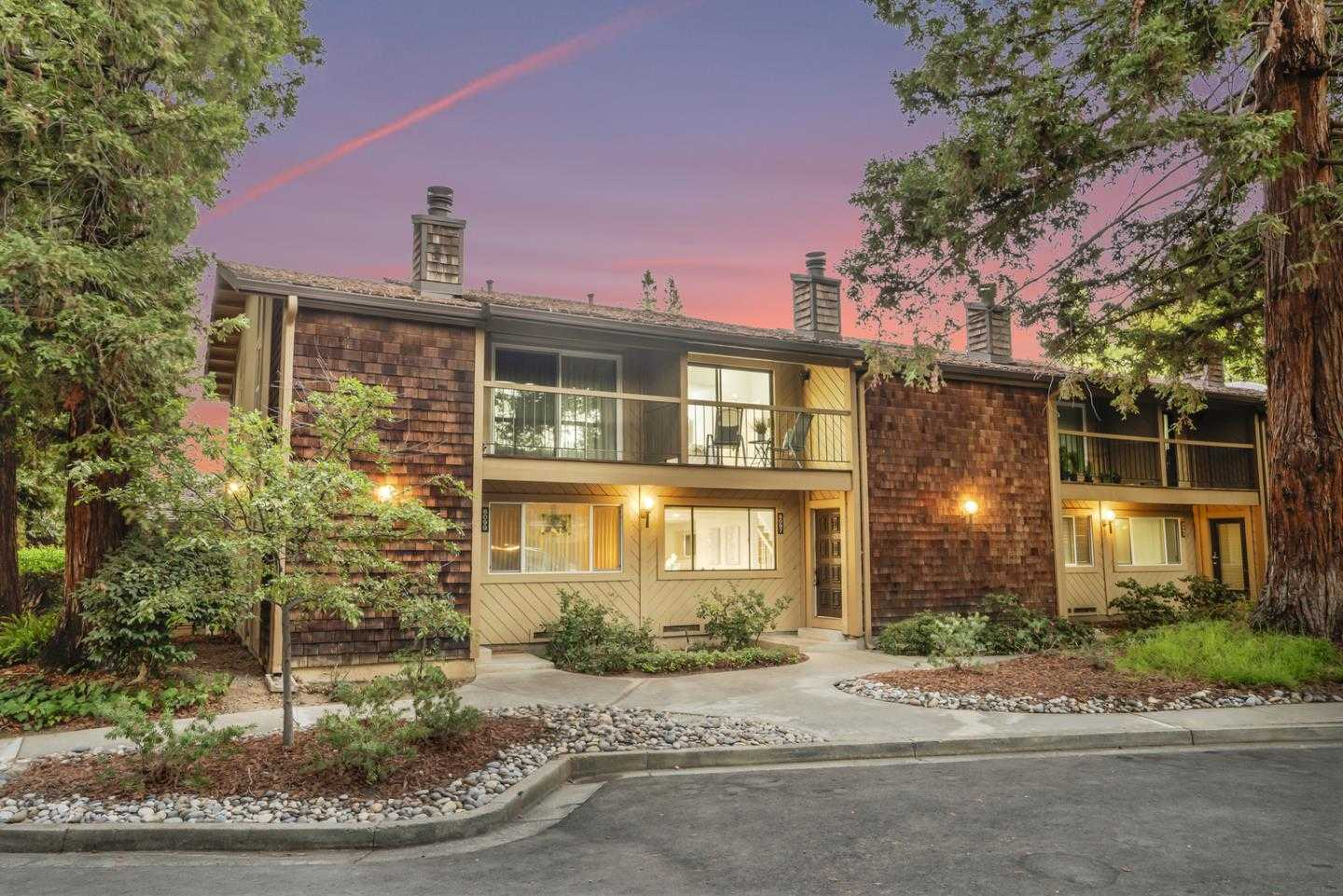 $798,888 - 2Br/3Ba -  for Sale in San Jose