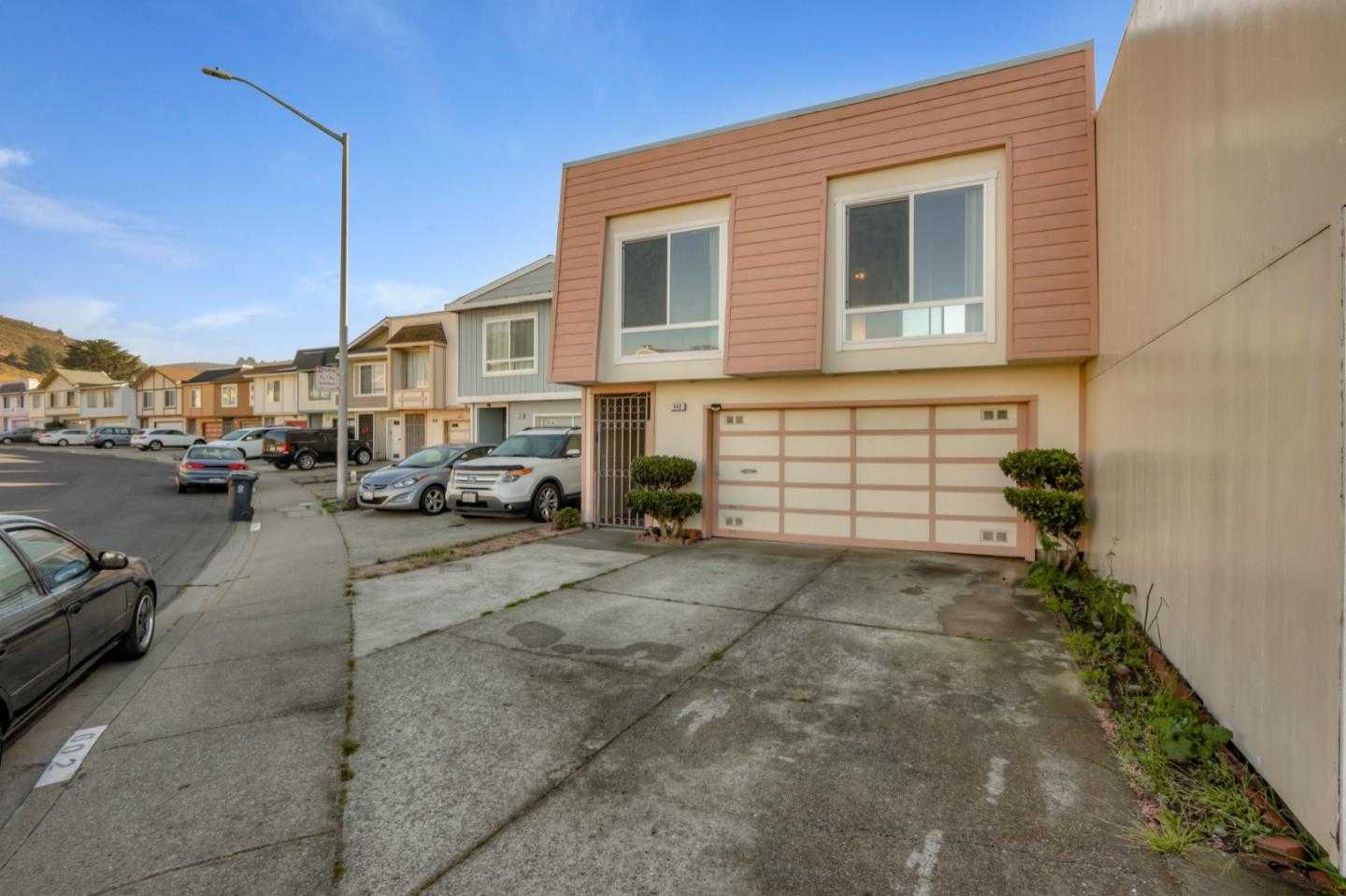 $968,000 - 3Br/2Ba -  for Sale in Daly City