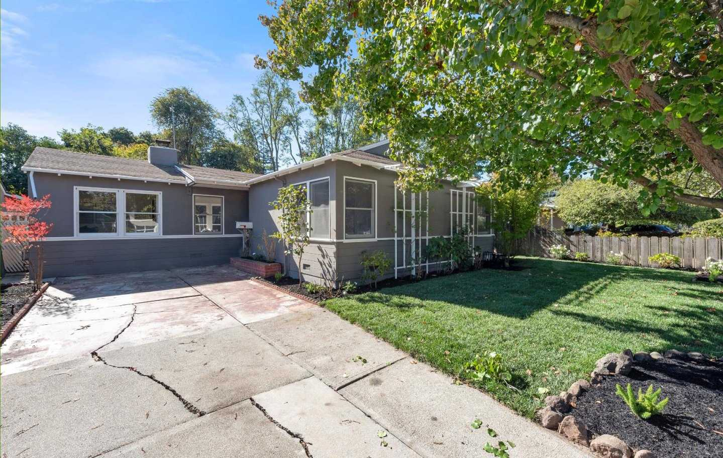 $1,489,000 - 3Br/1Ba -  for Sale in Menlo Park