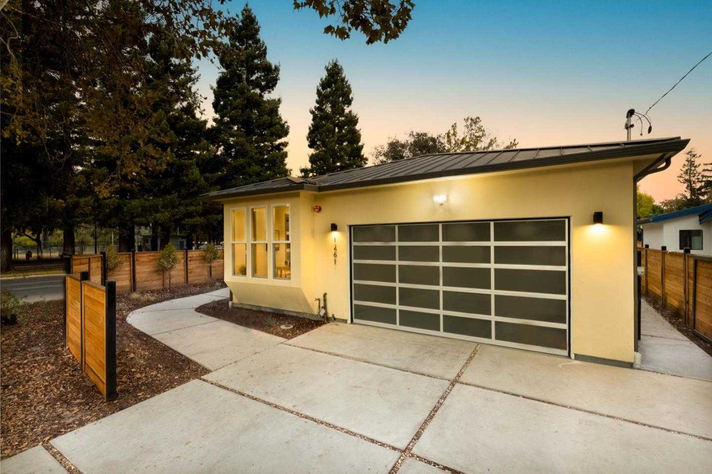 $2,499,888 - 4Br/3Ba -  for Sale in Mountain View