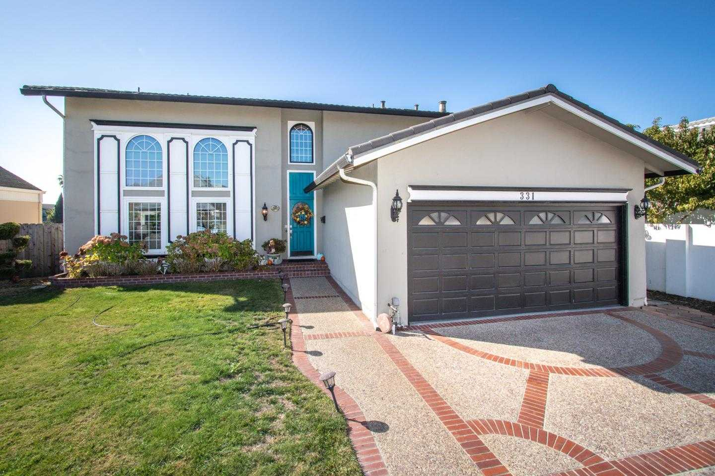 $2,600,000 - 5Br/3Ba -  for Sale in Foster City