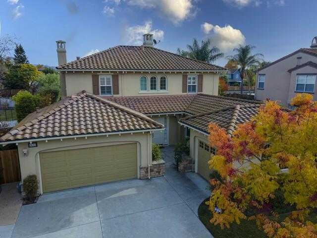 $995,000 - 4Br/3Ba -  for Sale in Gilroy