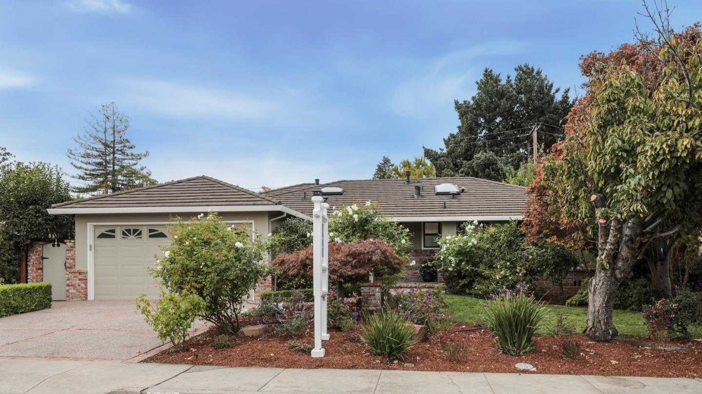 1720 Peartree LN MOUNTAIN VIEW, CA 94040