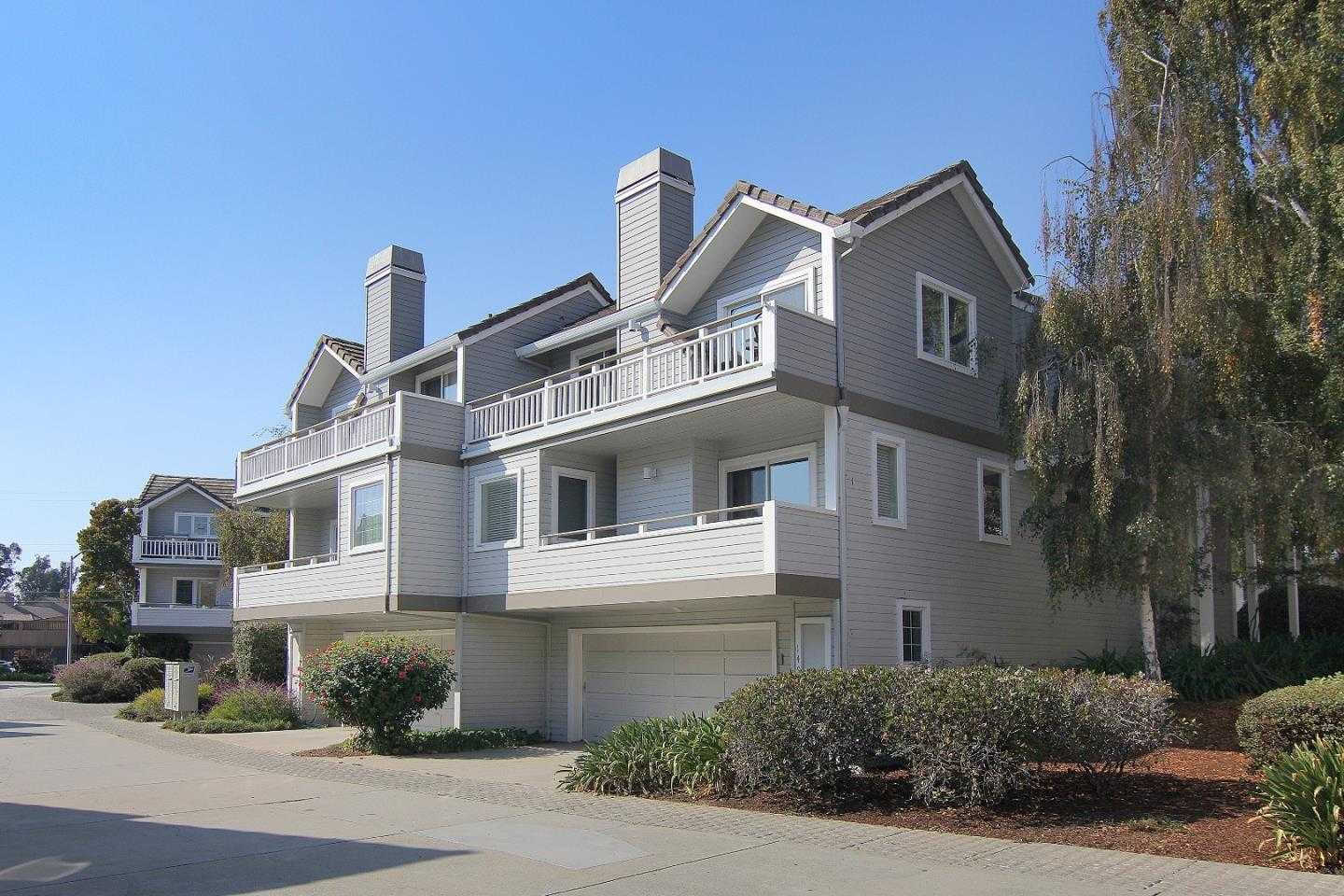 $1,195,000 - 2Br/3Ba -  for Sale in Santa Cruz