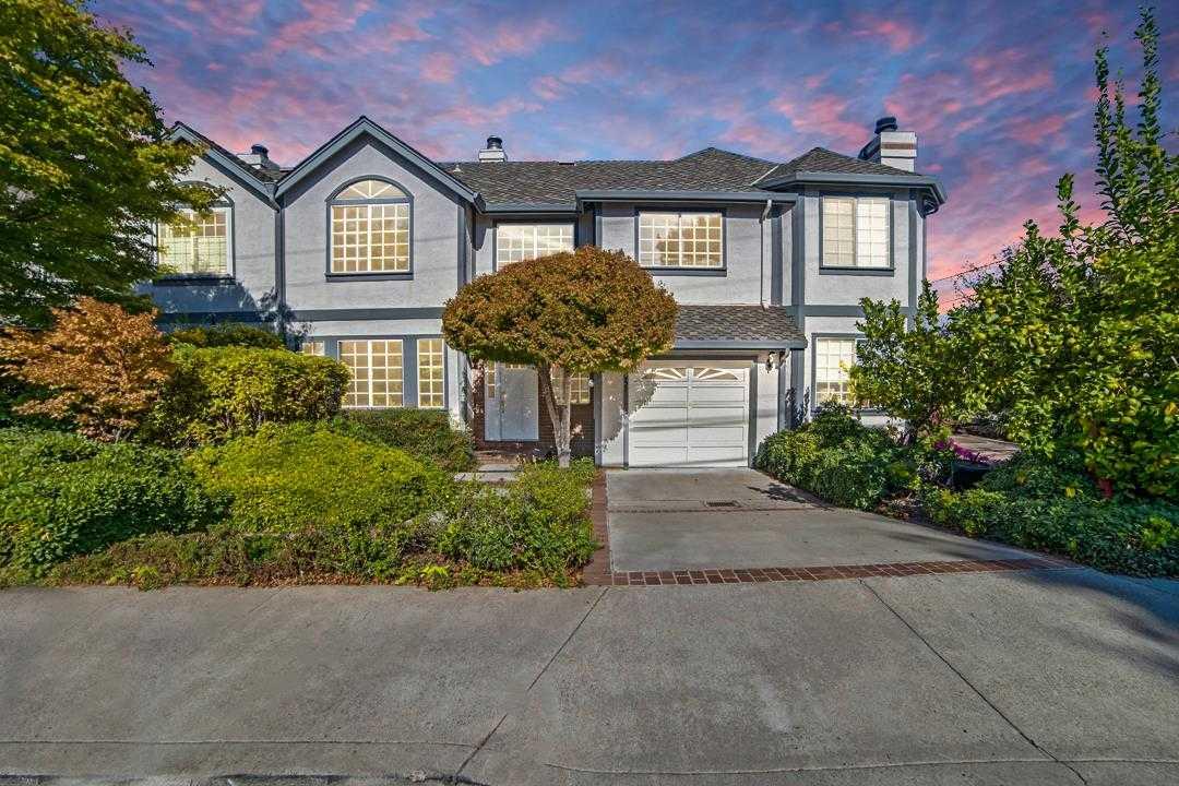 $1,810,000 - 2Br/3Ba -  for Sale in Los Altos